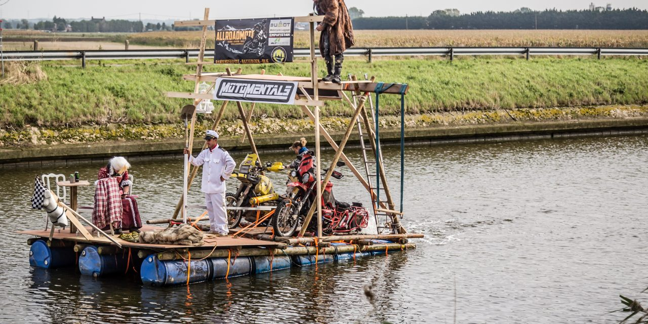 R1100GS Powered Raft – Picture Special